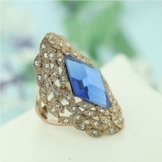 Винтажное кольцо с австрийскими кристаллами Маркиза