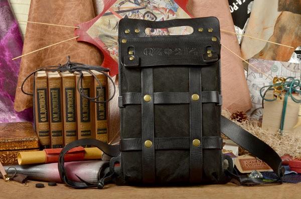 Женский кожаный рюкзак ручной работы