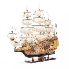 Модель корабля HMS Sovereign of the Seas