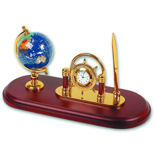 Набор: модель глобуса на деревянной подставке
