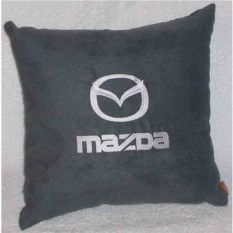 Темно-серая подушка с белой вышивкой Mazda