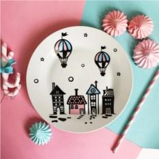 Фарфоровая тарелка Воздушный город