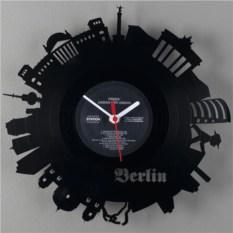 Часы Берлин