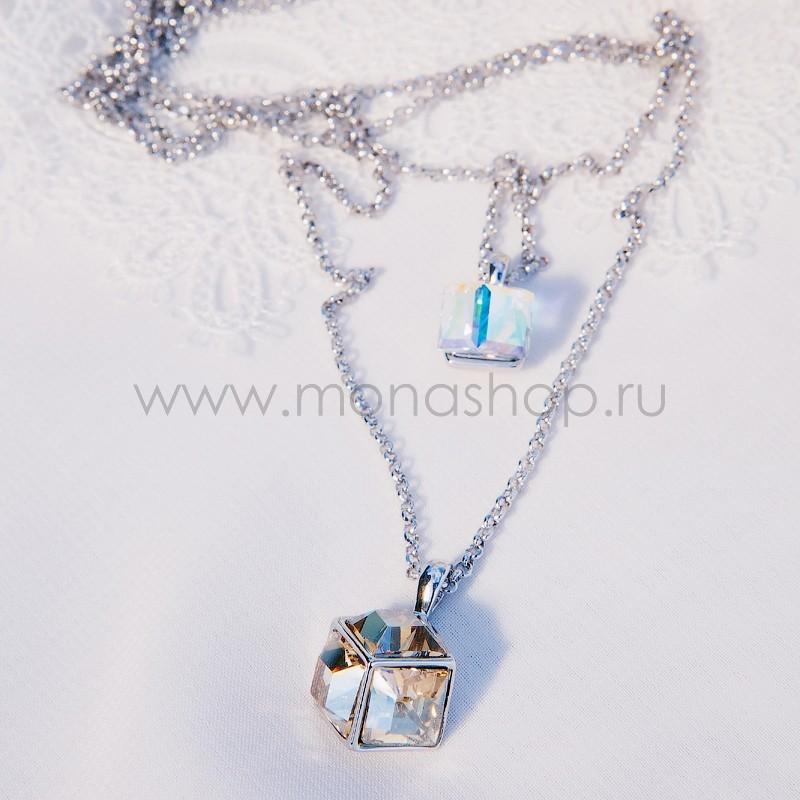 Кулон на двойной цепочке с кристаллами Сваровски Кубики