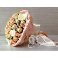 Кремовый букет из 31 конфеты Ferrero Rocher