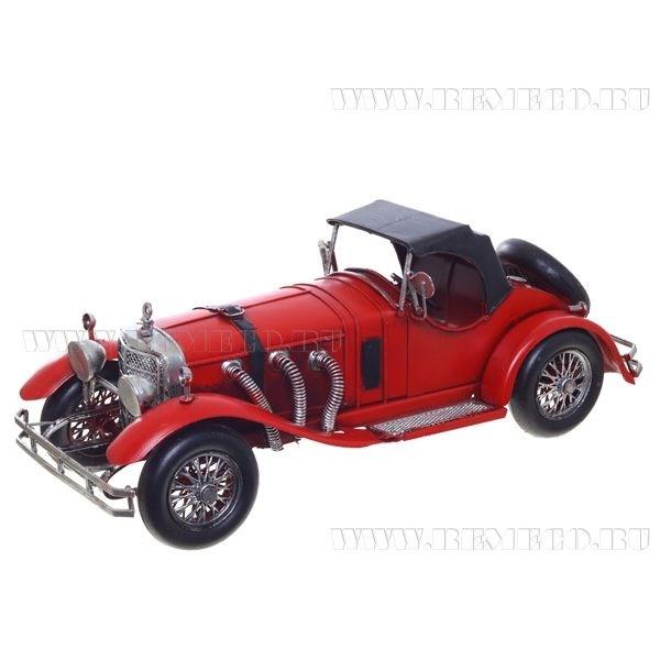 Модель Красный автомобиль , длина 33 см