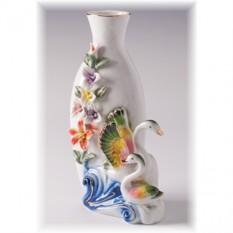 Фарфоровая ваза Лебеди