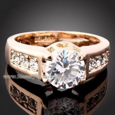 Кольцо Swarovski Кристаллы в золоте