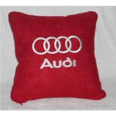 Красная подушка с белой вышивкой Audi
