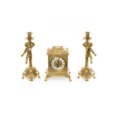 Золотистые каминные часы и 2 подсвечника на 1 свечу Ларец