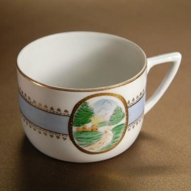 Чашка чайная с пейзажными мотивами