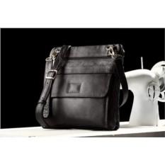 Кожаная сумка через плечо Brialdi Nevada (цвет — черный)