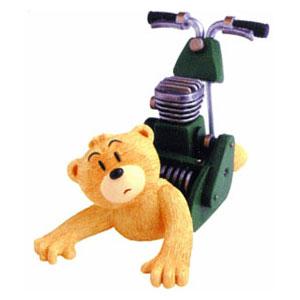 Фигурка сувенирная «Медведь Moe»