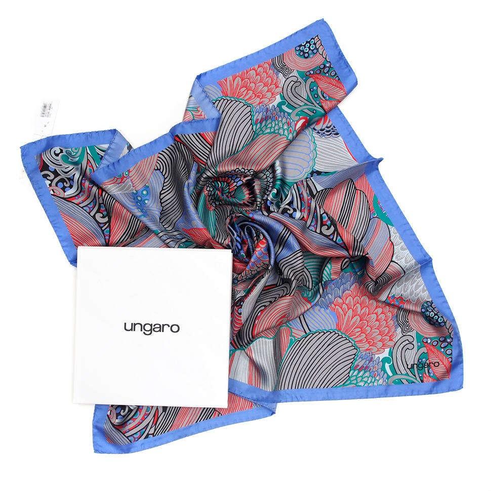 Женский платок в пастельных тонах Ungaro