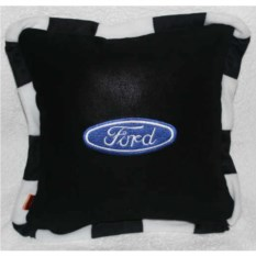 Черная с кантом подушка Ford