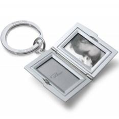 Брелок-медальон Frame
