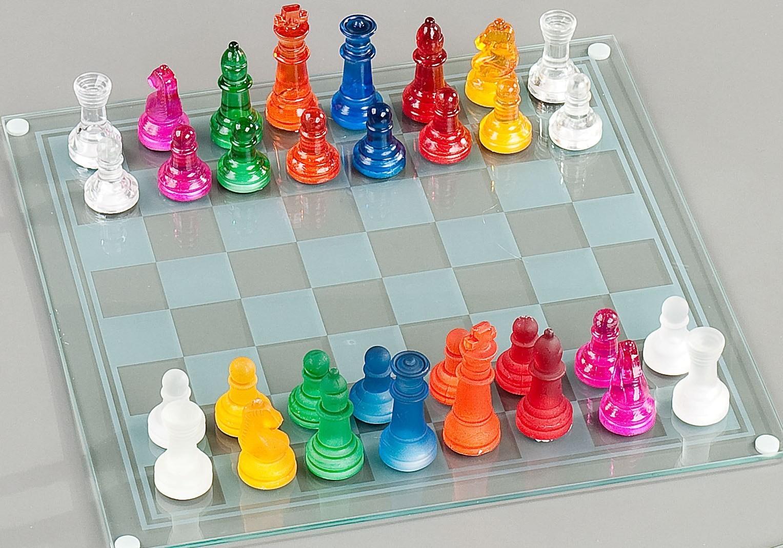 Шахматы стеклянные цветные