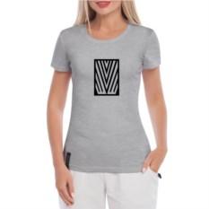 Серая женская футболка Имя
