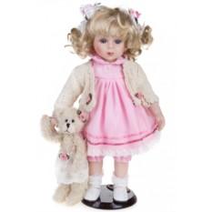 Кукла Нежная Бэтси с мишкой