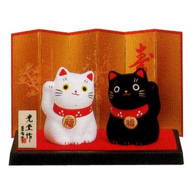 Композиция керамическая «Чёрная и белая кошки»