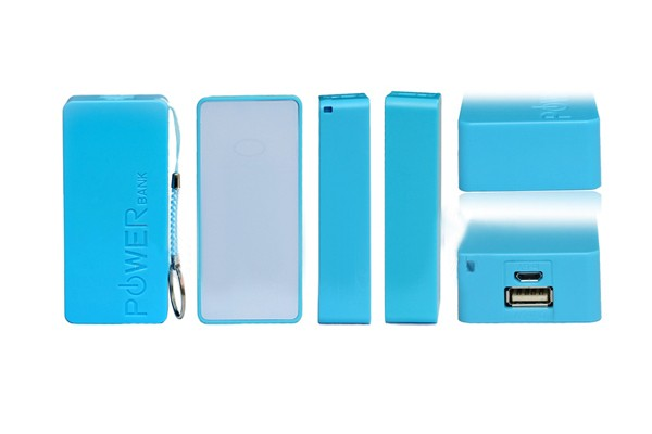Голубой внешний аккумулятор 5600 mAh POWER bank