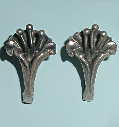 Винтажные серьги из серебра Фрезии
