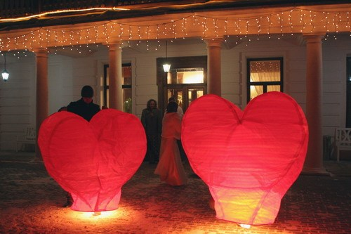 Большой летающий фонарик Сердце