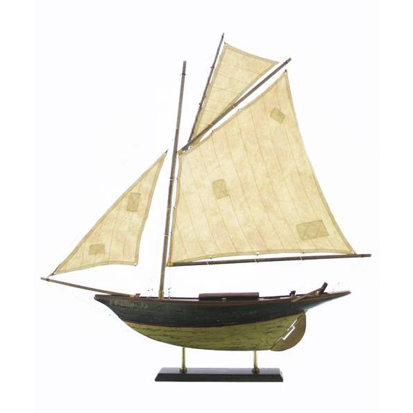 Макет рыбацкой шхуны