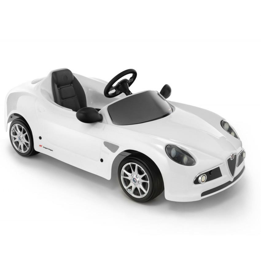 Машинка педальная ALFA ROMEO 8C