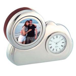 Часы с фоторамкой