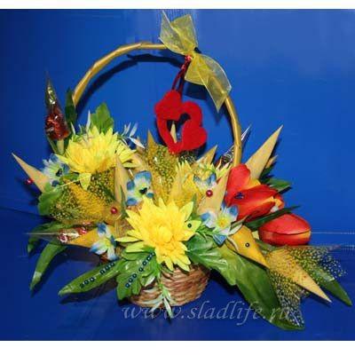 Букет из конфет Желтые тюльпаны с сердечками