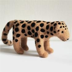 Войлочный леопард Гром ручной работы