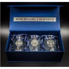 Подарочный набор граненных стаканов «Неподвластный времени»