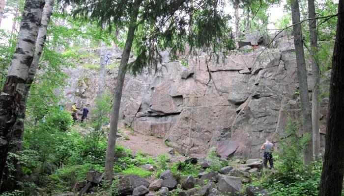 Скалолазание на Малой скале