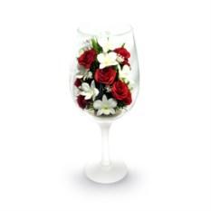 Композиция из роз и орхидей в фужере
