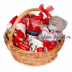 Подарочная корзина Сладкая любовь
