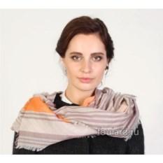 Кремовый полосатый женский палантин Gianfranco Ferre