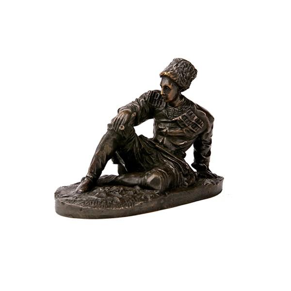 Бронзовая статуэтка Черкес с трубкой
