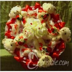 Букет из сливочных медвежат и конфет Raffaello
