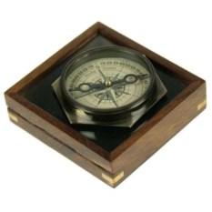 Шестигранный компас в футляре