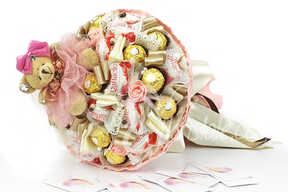 поздравления к подарку конфетный букет зале звучит музыка