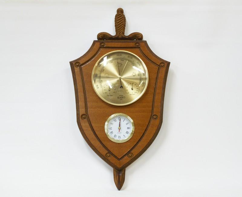 Настенная метеостанция с часами Щит с мечом.