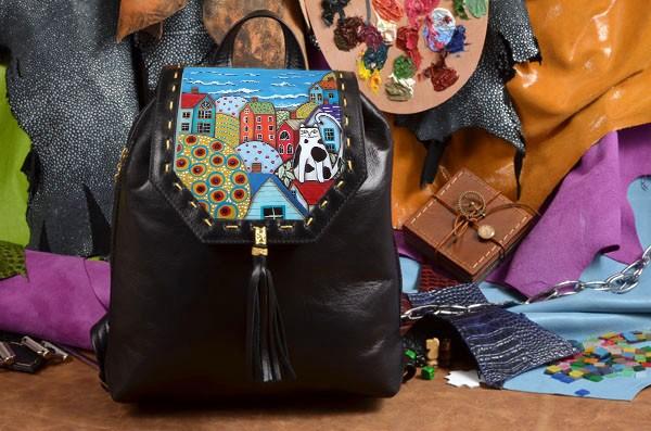 Женский черный кожаный рюкзак Кот на домике