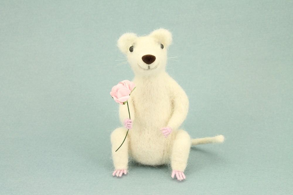 Романтичный мышонок