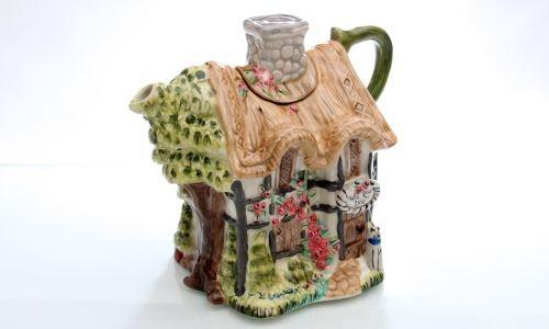 Декоративный чайник Дикая роза