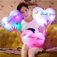 Светящаяся подушка в виде сердца I love you