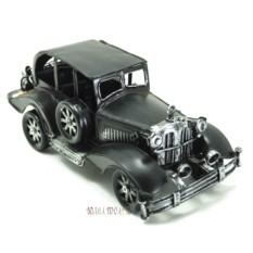 Коллекционная модель ретро автомобиля