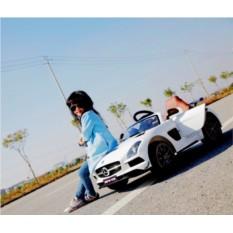 Электромобиль Mercedes-Benz SLS
