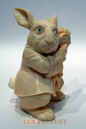 Скульптура Белый кролик