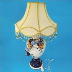 Настольная керамическая лампа с цветочным декором